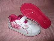 Детская обувь,  б/у,  качественная и по доступным ценам.