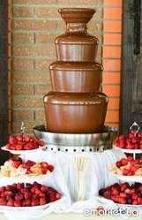 Лучшая свадебная услуга - шоколадный фонтан,  фонтан для шампанского