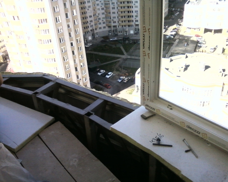 Вынос окна на лоджии.