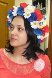 Венок украинский с маками ромашками и лентами