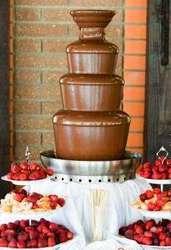 Шоколадный фонтан на день рождения,  свадьбу,  корпоратив