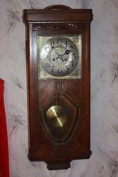 Часы настенные механические с боем Густав Бэккер в хорошем состоянии