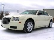 Аренда транспорта,  аренда свадебного автомобиля,  заказать лимузин