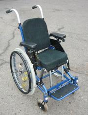 Детская коляска R82 Panther