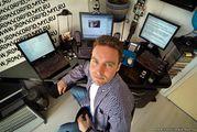 Ищем  В  офис  Php-программистов  веб мастеров  в Киеве