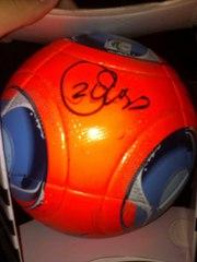 Оригинальный мяч Adidas cafusa с автографами игроков Киевского Динамо