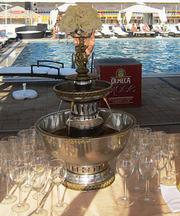 Аренда фонтана для шампанского на праздник