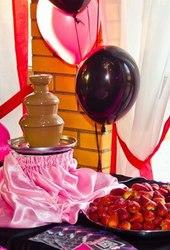Что подарить на 8 марта? Шоколадный подарок к 8 марта.
