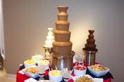 Шоколадный фонтан на 8 марта,  аренда на корпоратив