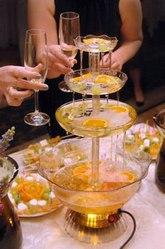 Аренда фонтана для шампанского на свадьбу