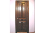 Деревянные  двери.