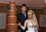 Аренда шоколадных фонтанов на свадьбу