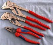 Инструмент Knipex  для ремонта оборудования.
