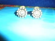 Новые, красивые, стиль, металл, под старинную бронзу, клипсы с кристаллами.