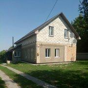 Продается двухэтажный дом 8км. от Киева