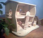 Кукольный домик из дерева. Ручная работа.