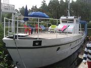 катер река море 14.2 метра 3 каюты 15 человек