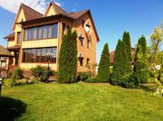 Великолепный дом - усадьба в Голосеевском районе Киева.