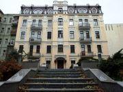 Фешенебельное здание 1752 м2 в центре Киева.