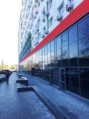 Фасадного помещения. Продается весь этаж,  1600 м2 в Киеве.