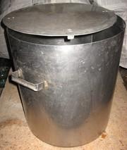 Каструля з нержавіючої сталі,  80 л,  з кришкою.