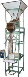 Упаковочный полуавтомат с  для фасовки сыпучих