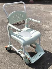 Кресло-каталка Etac Clean 48
