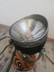 Лампа loft із фари від мотоцикла